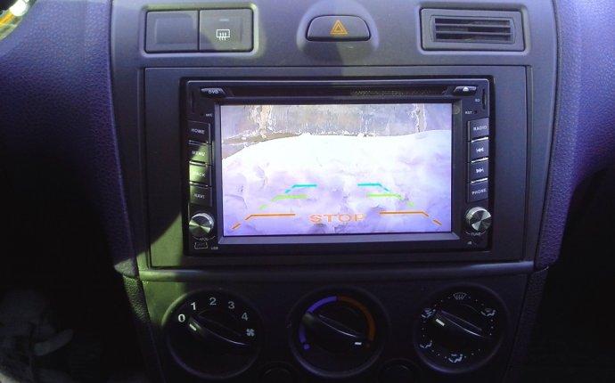2 DIN магнитола, камера, навигация. Видео — бортжурнал Ford Fiesta