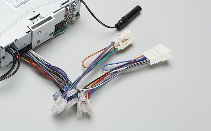 Как сделать USB-вход в автомагнитоле? | Кто? Что? Где?